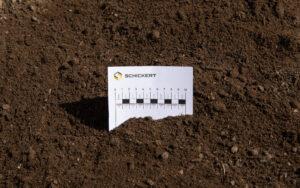 Mutterboden gemischt mit Kompost